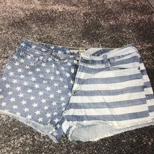 Arizona Jean Company Shorts - American Flag jean shorts